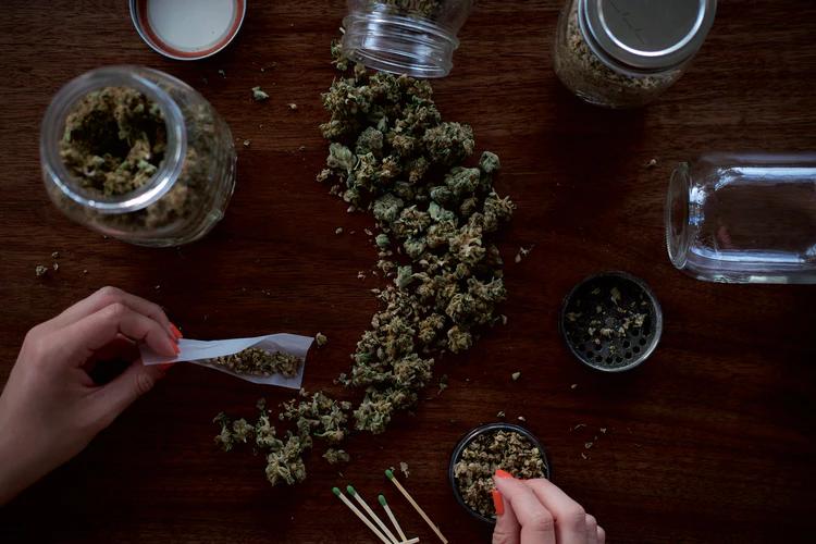 Cannabis for rosacea treatment